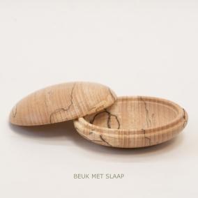 BEUK-MET-SLAAP